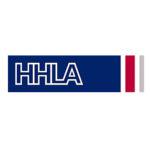 Logo Der HHLA Hamburger Hafen Ud Logistik Aktiengesellschaft, Weisse Großbuchstaben Auf Blauem Rechteckigen Hintergrund, Rechts Von Einem Roten Streifen Begrenzt